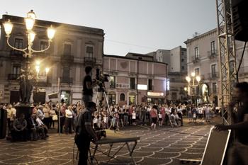 piazza_indipendenza_serata_chenier